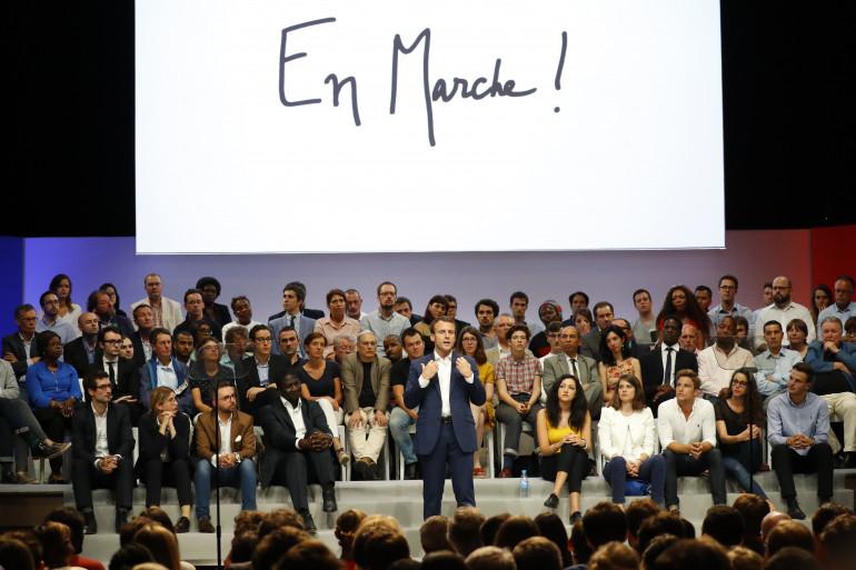 """Emmanuel Macron, lors d'un meeting de son mouvement """"En Marche !"""""""