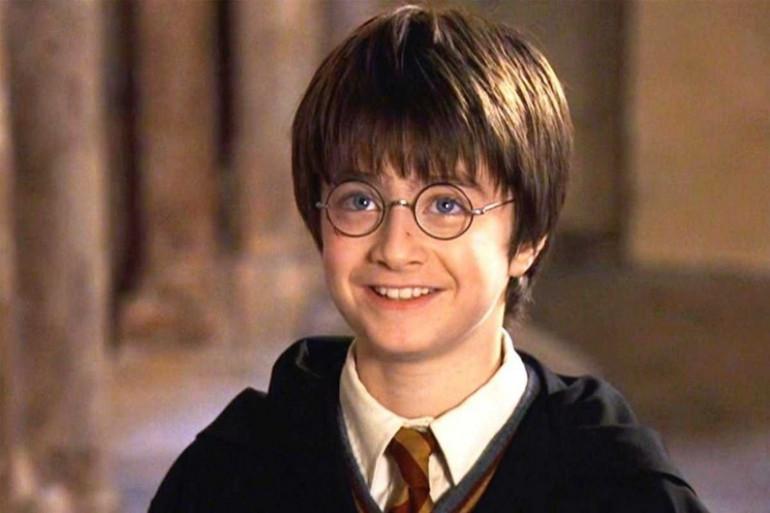 """Le jeune Daniel Radcliffe dans """"Harry Potter à l'école des sorciers"""""""