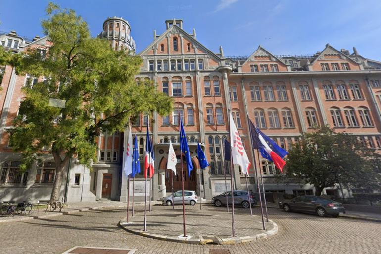 La mairie de Lille (Illustration).