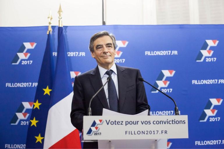 François Fillon arrive en tête du premier tour de la primaire de la droite le 20 novembre 2016