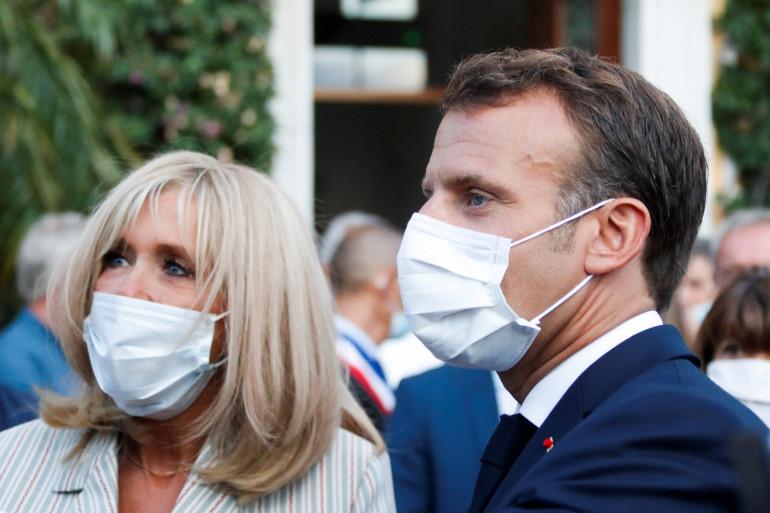 Emmanuel Macron et Brigitte Macron ce lundi 17 août 2020 à Bormes-les-Mimosas afin de commémorer le 76e anniversaire du débarquement allié en Provence