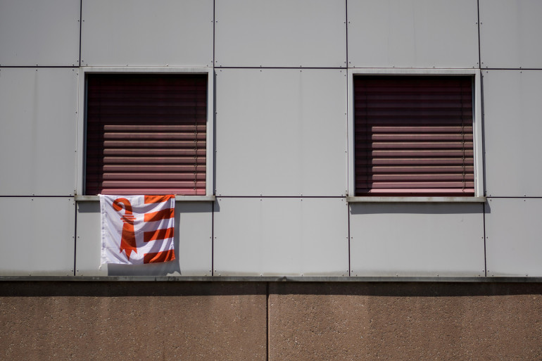Un drapeau du canton suisse du Jura (illustration)