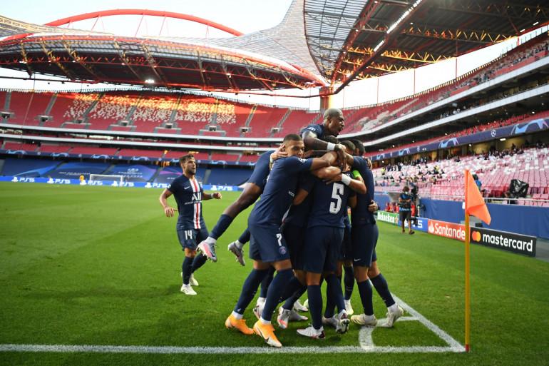 Les Parisiens après l'ouverture du score le 18 août 2020 à Lisbonne