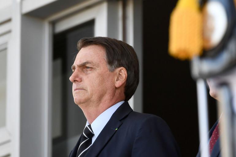 """""""J'ai envie de te fermer la gueule à coups de poings"""", a répondu le président d'extrême-droite à une question posée par un journaliste d'O Globo."""