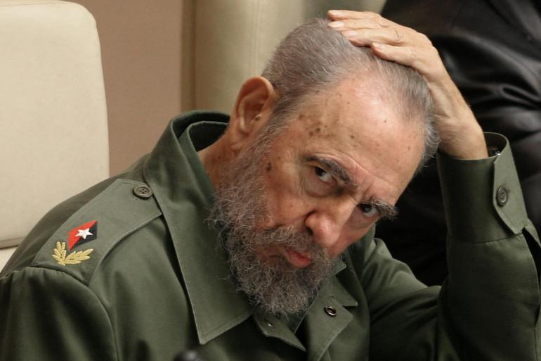 Fidel Castro en février 2005 (archives)