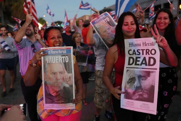 Scène de liesse à Miami après la mort de Fidel Castro.