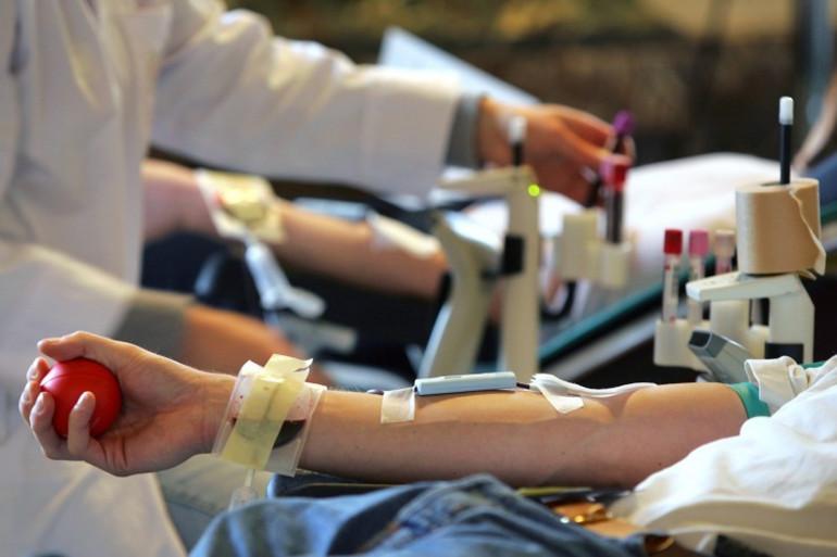 Un don du sang dans un hôpital (illustration).