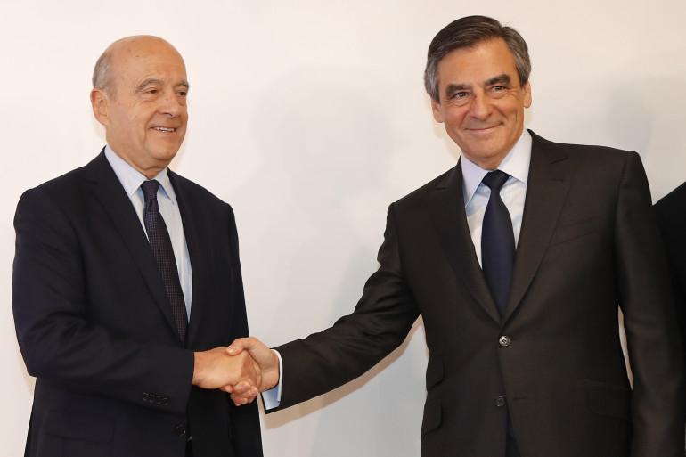 Alain Juppé et François Fillon au soir du second tour de la primaire de la droite, le 27 novembre 2016