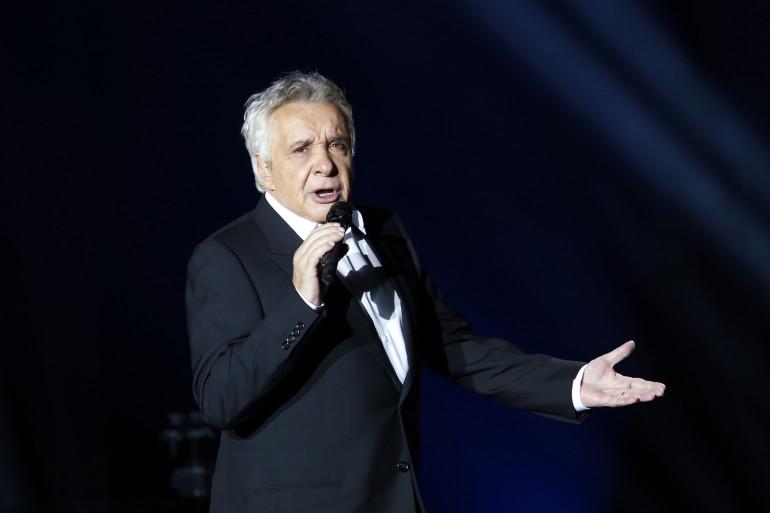Michel Sardou, au Palais omnisport de Paris Bercy, le 12 décembre 2012.
