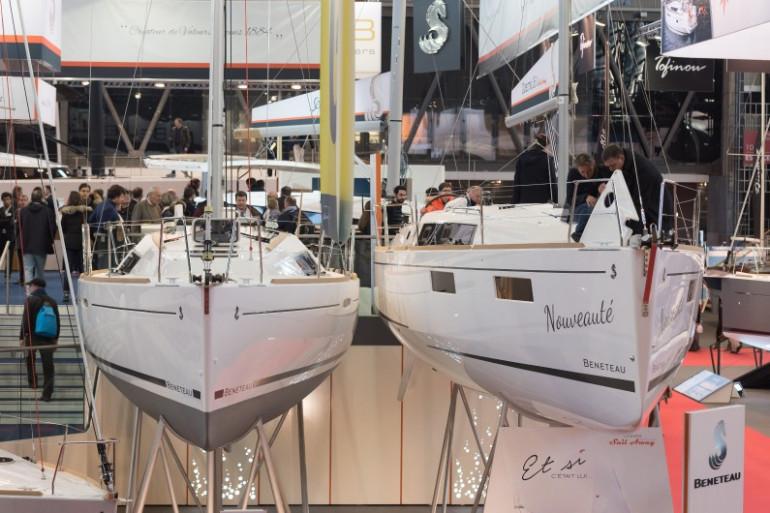 Des bateaux exposés au Salon nautique de Paris, le 4 décembre 2016