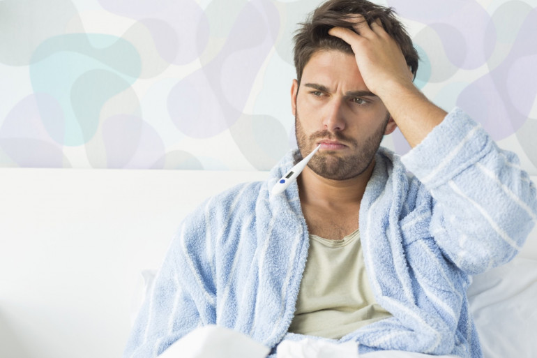 Prendre un bain d'eau tiède permet de réduire la fièvre