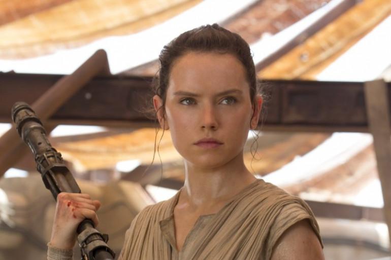 Daisy Ridley dans le rôle de Rey