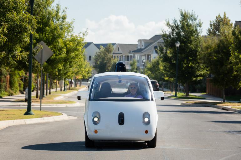Google a fait la démonstration des capacités de la Waymo avec un passager aveugle