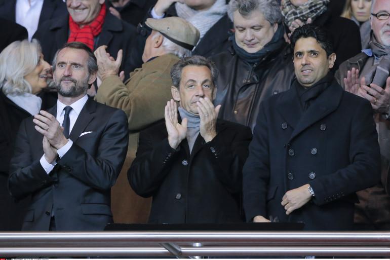 Jean-Claude Blanc, directeur général du PSG, Nicolas Sarkozy et Nasser Al-Khelaïfi le 11 décembre 2016