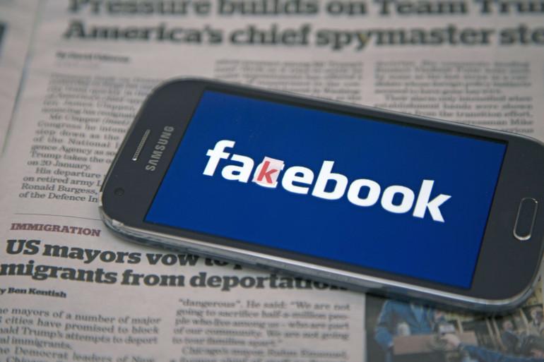 Facebook est accusé d'avoir favorisé l'élection de Donald Trump en laissant proliférer les intox sur son réseau