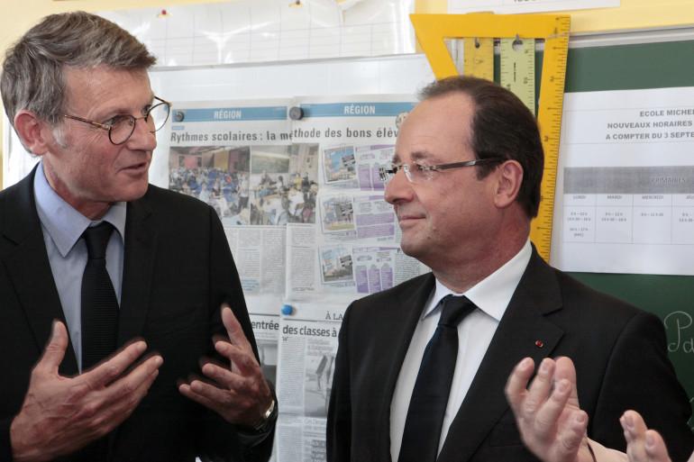 Vincent Peillon et François Hollande, le 3 septembre 2013 à Denain