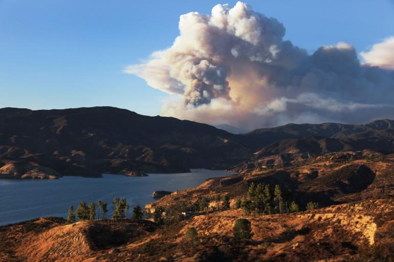 Les incendies continuent de faire rage dans l'Ouest américain.
