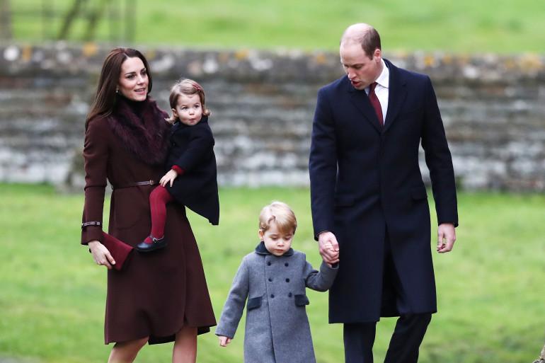 William et Kate ont emmené le prince George et la princesse Charlotte à leur première messe de Noël dimanche 25 décembre