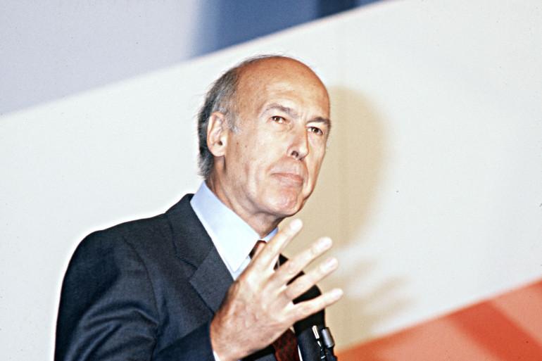 Valéry Giscard d'Estaing, ancien président de la République prononce un discours, le 14 juin 1982, au 5ème congrès du Parti Républicain qui s'est déroulé à la porte de Vincennes