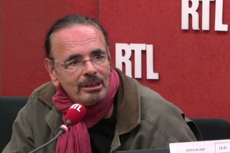 """Nicolas Peyrac part en tournée pour """"Les Acoustiques improvisées"""""""