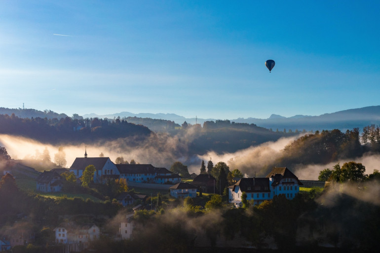 Romont est une commune du canton de Fribourg.