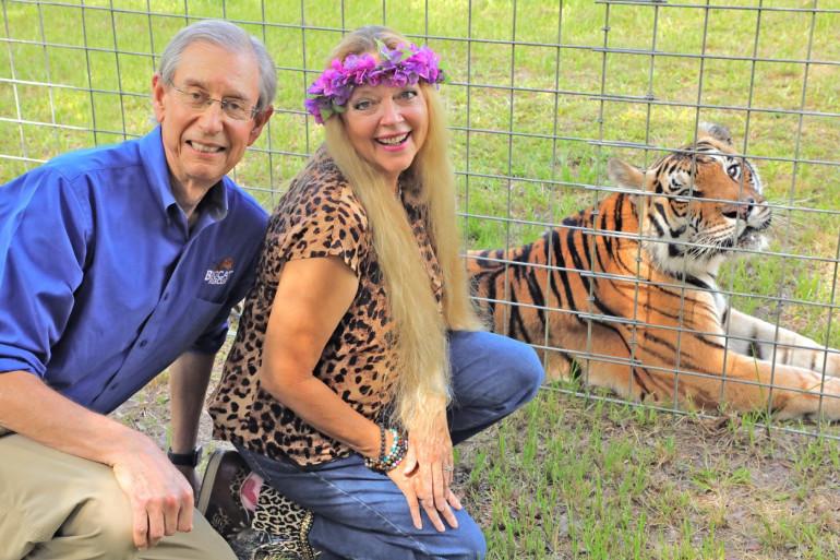 Carole Baskin et son époux Howard Baskin à The Big Cat Sanctuary