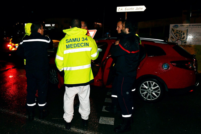 Des pompiers et un médecin dans l'Hérault le 24 novembre 2016