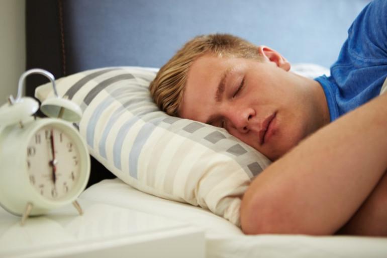 La maladie de Wills-Ekbom perturbe notamment le sommeil (illustration)