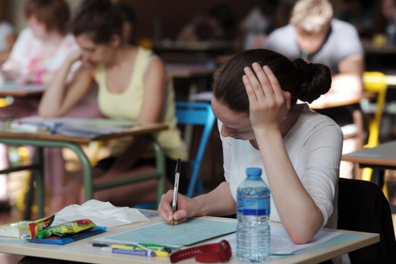 Des lycéens en cours (Illustration)
