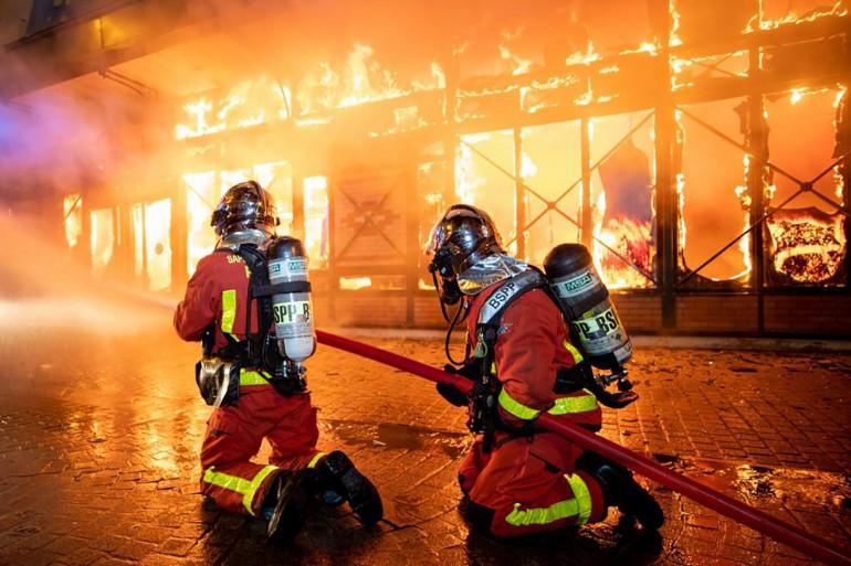 Les Sapeurs-Pompiers de Paris en action (illustration).
