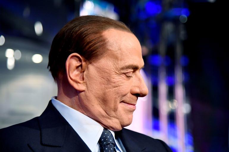 L'ancien chef du gouvernement italien, Silvio Berlusconi avait également contracté la maladie.
