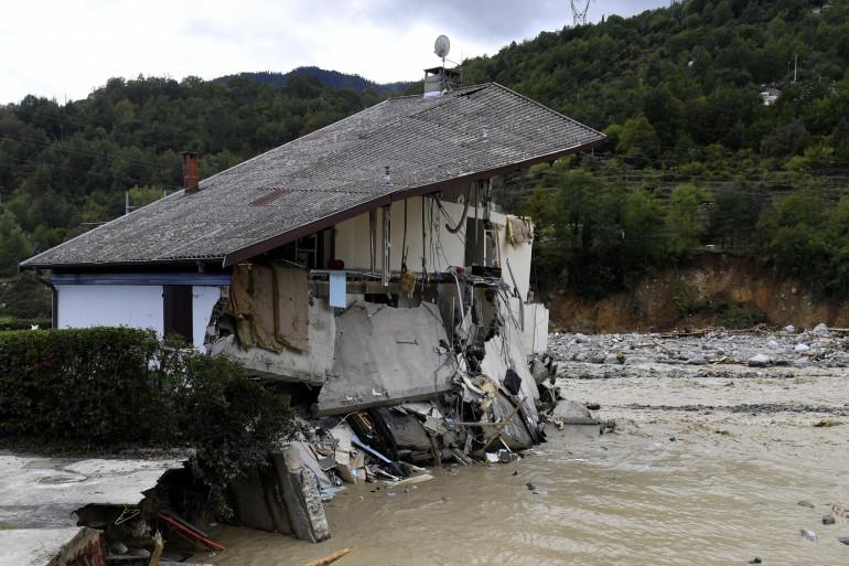 Une maison ravagée par la crue de la Vésuvie dans les Alpes-Maritimes