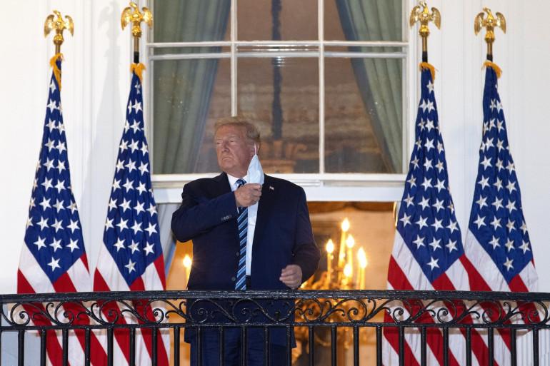 Donald Trump, après sa sortie de l'hôpital, le 5 octobre 2020