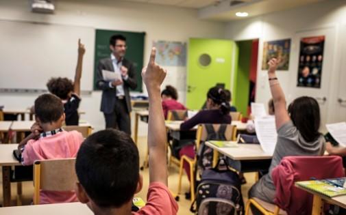 Des élèves dans une école primaire de Lyon, en septembre 2012 (illustration).