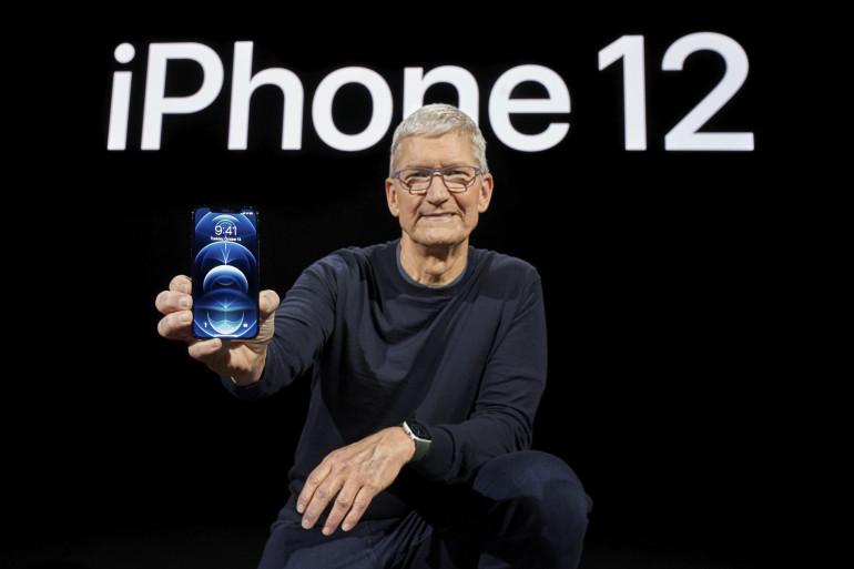 Tim Cook présente l'iPhone 12 Pro le 13 octobre 2020