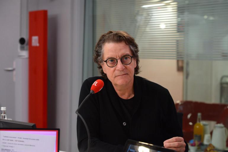 """Francis Cabrel dévoile sur RTL son nouvel album """"À l'aube venant"""""""