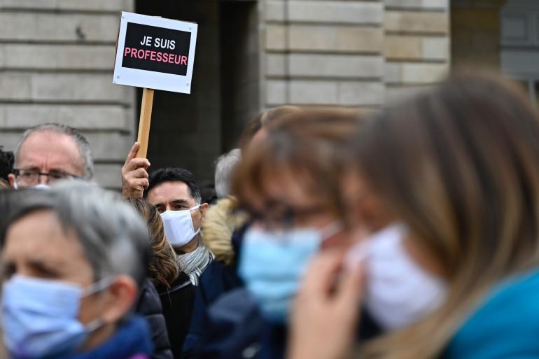 À Rennes, les enseignants se sont mobilisés en hommage à Samuel Paty