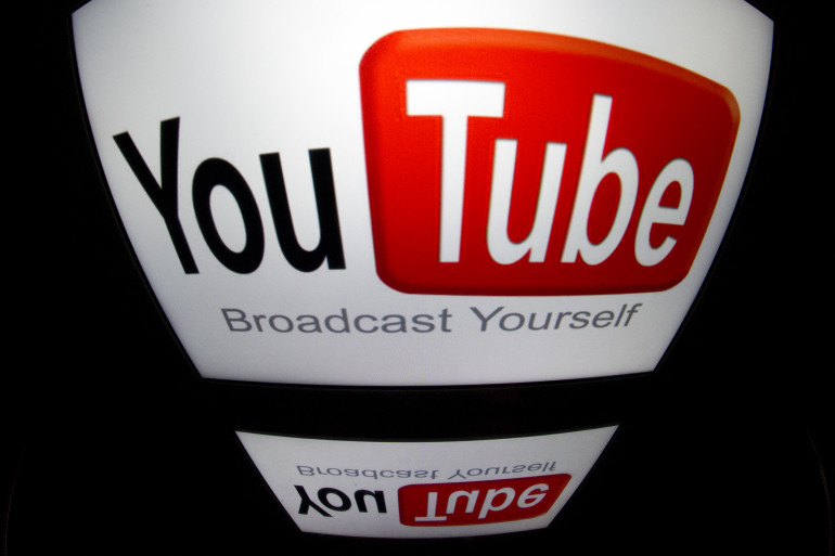Le logo de YouTube, le 4 décembre 2012 à Paris (image d'illustration)