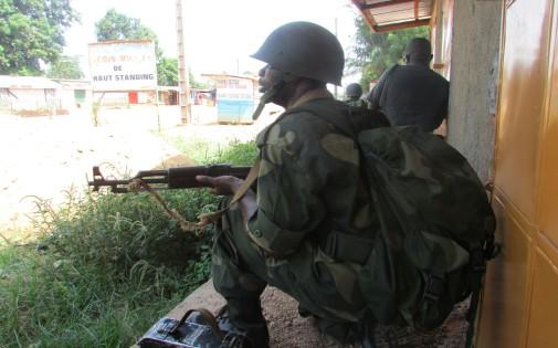 Bangui, le 25 mars 2014. Des soldats tchadiens ont tiré sur la population à Bangui, tuant au moins 24 personnes.