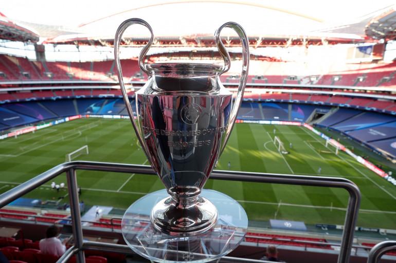 Le trophée de la Ligue des champions à Lisbonne le 22 août 2020