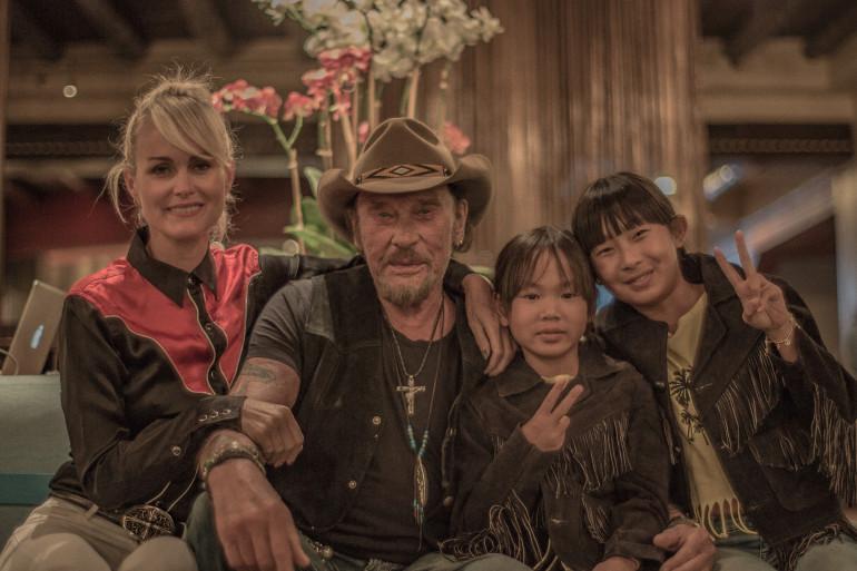 Laeticia et Johnny Hallyday avec leurs deux filles lors du dernier road trip du chanteur