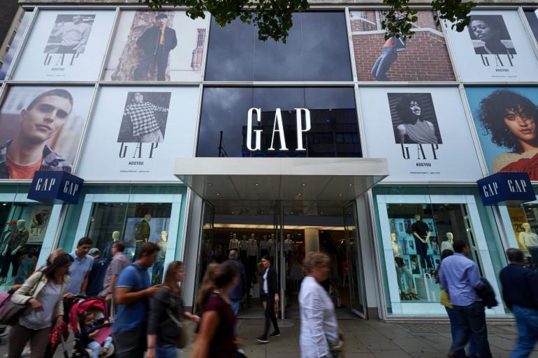 L'enseigne de vêtements Gap envisage de quitter l'Europe.