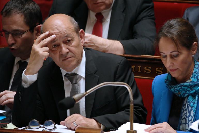Le ministre de la Défense, Jean-Yves Le Drian, ici le 7 mai à l'Assemblée nationale, veut concentrer les troupes françaises en Afrique sur la zone sahélienne