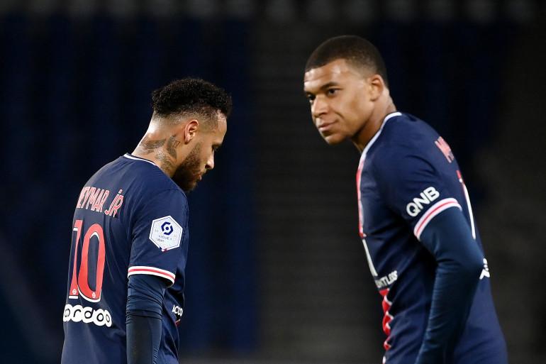 Neymar et Kylian Mbappé au Parc des Princes le 2 octobre 2020