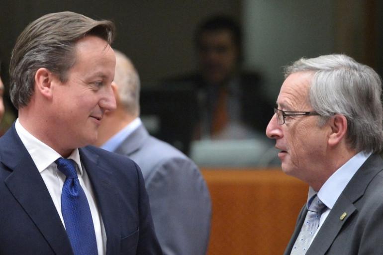 David Cameron et Jean-Claude Juncker, en novembre 2012 à Bruxelles (photo d'Archives).