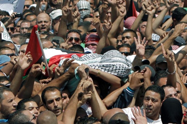 Les funérailles de Mohammed Abu Kher, le 4 juillet 2014 dans le quartier de Chouafat à Jérusalem-Est.