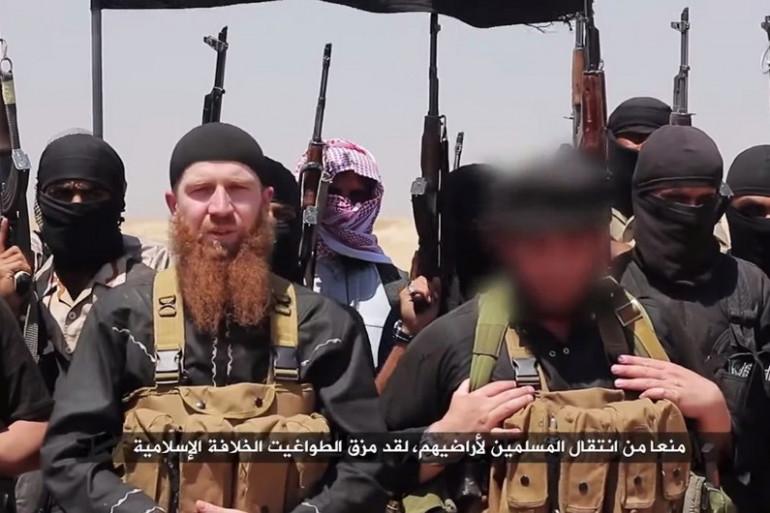 Image transmise par la chaîne al-Itisam, de jihadistes de l'Etat Islamique en Syrie ou en Irak, le 29 juin 2014 (illustration).