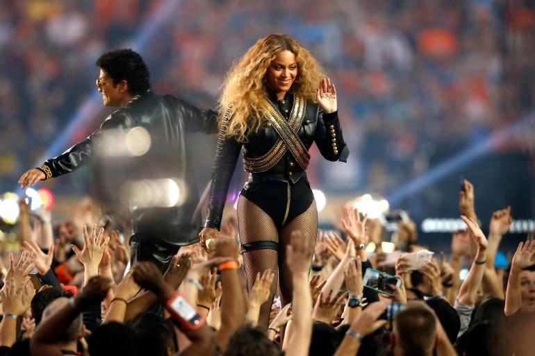 Beyoncé a été invitée par Coldplay à chanter pendant la mi-temps du Super Bowl 2016