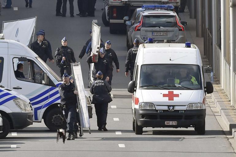 De nombreuses équipes médicales de secours étaient mobilisées autour de la station Maelbeek mardi 22 mars.