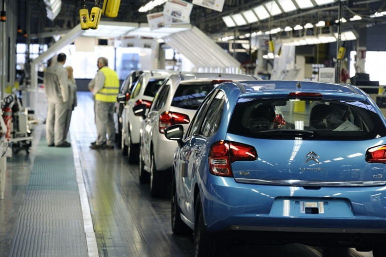 Une usine PSA Peugeot Citroën